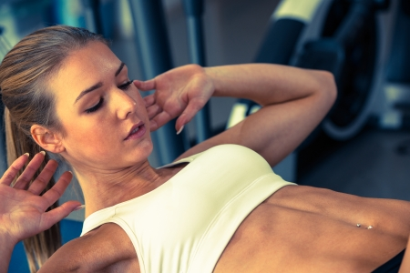 muscle women: Woman working out in fitness - Active girl