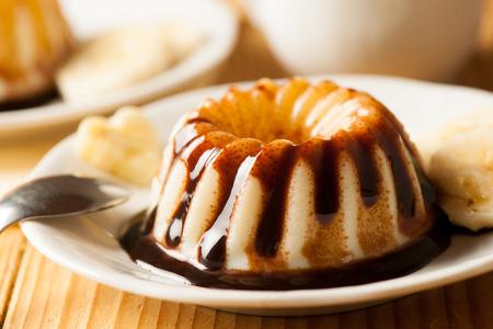 vanilla pudding Standard-Bild