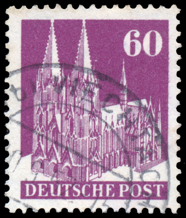 bundespost: GERMANY - CIRCA 1948: A stamp printed in Germany shows Cologne Cathedral, circa 1948 .