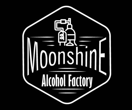 Emblem of the alcohol industry, business distillation. Hand drawn vector collection of alcoholic drinks. Set of stickers for whiskey, bourbon, moonshine and brandy. Black and white vintage label options. Monochrome, Ilustración de vector