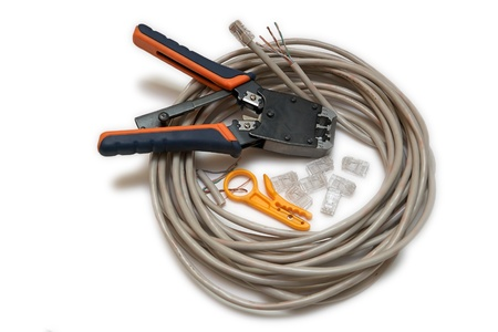 crimp: Twisted pair type of cable connection, is one or more pairs of insulated wires twisted together