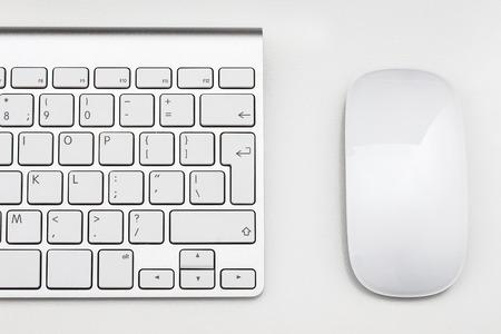 teclado: Lugar de trabajo con teclado y ratón