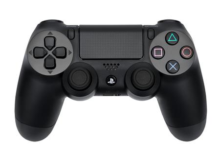 Ufa, Russie - le 27 Février, 2016: Le nouveau Sony Dualshock 4 avec PlayStation 4. Sony PlayStation console 4 de jeu de la huitième génération. Éditoriale