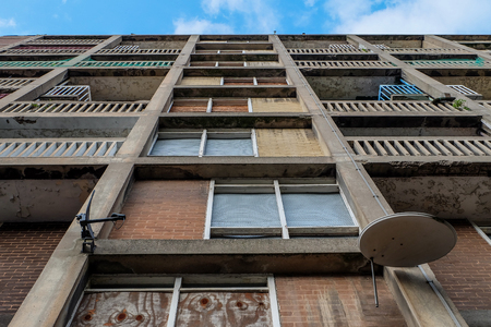 Abandoned boarded up flats, Park Hill, Sheffield, South Yorkshire, England, UK Stock Photo