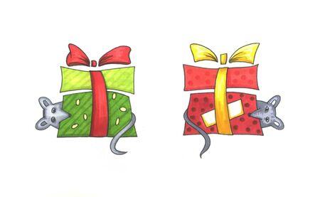 Cute Christmas rat. Animal character holding festive stuff. 2020 year symbol holding a box with present. Zdjęcie Seryjne