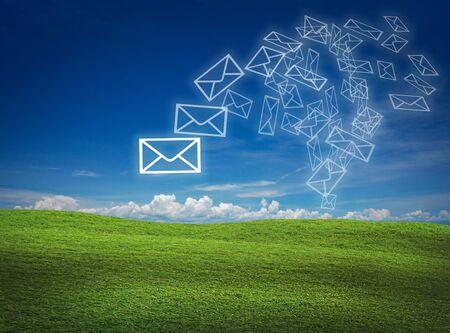 Kunstwerk für Mail-Kommunikation auf die Natur zurück Boden