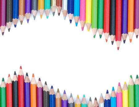 escuelas: fondo abstracto de fila del l�piz de color sobre fondo blanco.