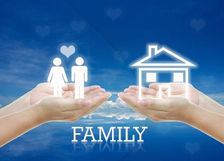 coppia in casa: opera idea per HOME building, pianificazione, concetti di famiglie. Archivio Fotografico