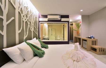 Dormitorio de lujo de diseño interior para el estilo de vida moderno. Foto de archivo - 15719712