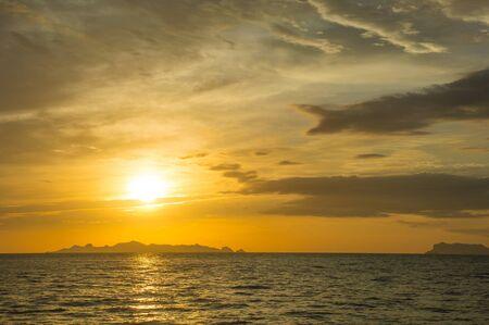 koś: Seascape at dusk,ko samui ,thainad.