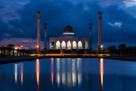 pattani thailand: La Mezquita Central de Songkhla (Masjid Central de Songkhla)