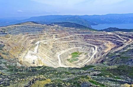 露天掘り鉱山でバラクラ セバスト ポール市付近