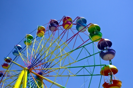Ferris wheel in the summer morning Stock Photo - 14123206
