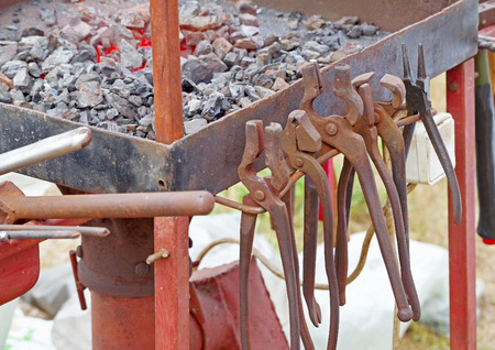 Old blacksmith tools in the historical manufactory Zdjęcie Seryjne