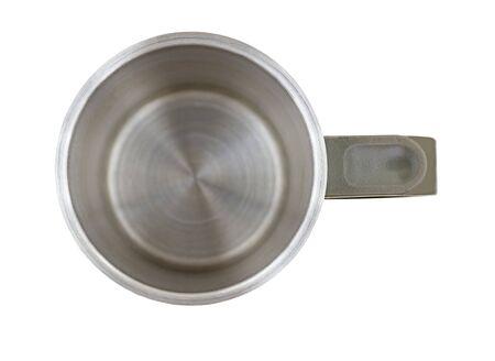 Draufsicht der leeren Metallkaffeetasse lokalisiert auf weißem Hintergrund Standard-Bild