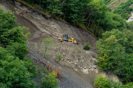 Repair of dirt road in the mountains of Upper Khevsureti, Georgia. Caucasus 版權商用圖片