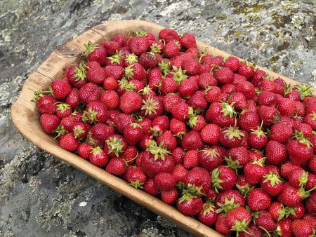 Freshly picked strawberries       Stock fotó