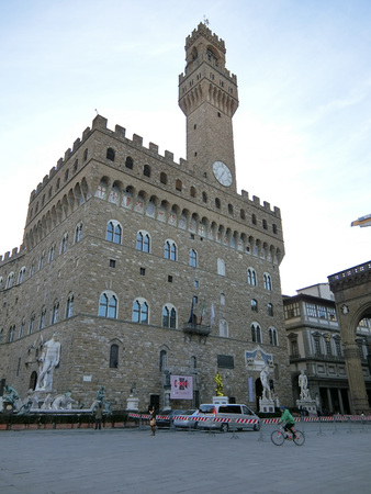 palazzo: Palazzo Vecchio:in the early morning