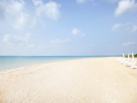 白い砂浜のビーチ