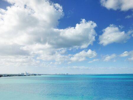 カリブの海と青い空 写真素材