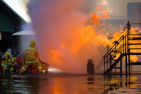 消防士の訓練 写真素材 - 41454274