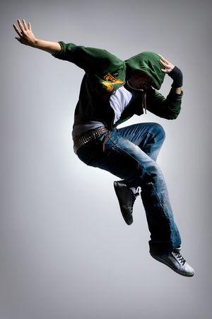 stunts: raffreddare cercando ballerina fa un salto difficile