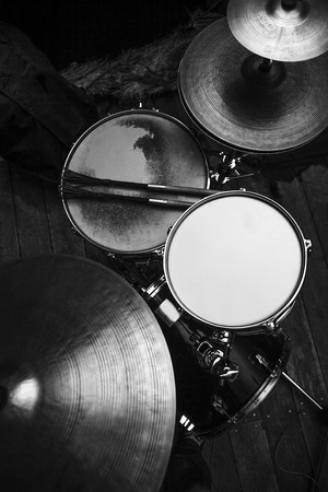Drums set in black and white 写真素材 - 119194698