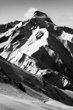 mountain in black adn white
