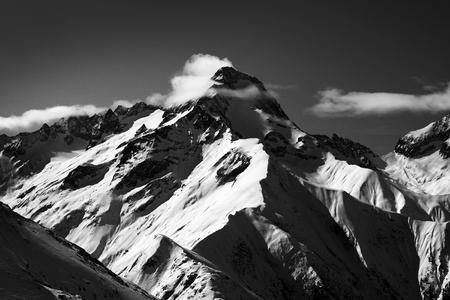 mountain in black adn white