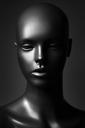 plastic mannequin in black and white edition Banque d'images - 119195475