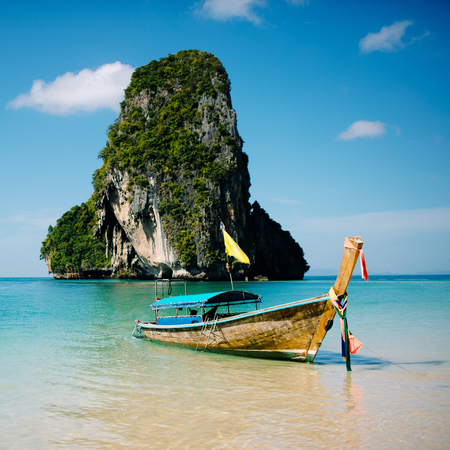 Boat on the beach ins Krabi, Thailand Stock Photo