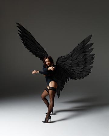 Engel Frau tanzen
