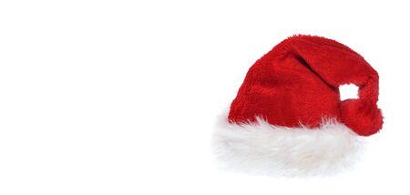 Père Noël avec fourrure blanche isolé sur fond blanc avec copie espace sur la gauche