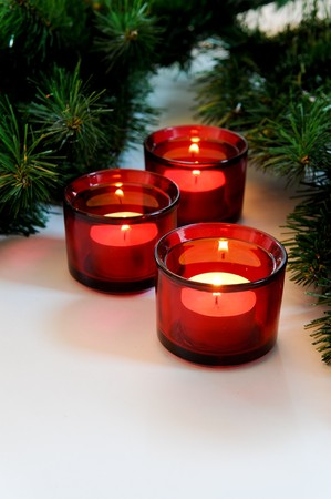 red candles christmas tree photo