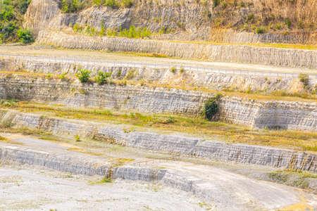 Closeup of a chalk and limestone quarry. 免版税图像
