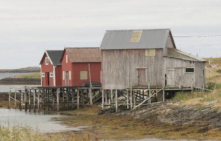 Sea house photo