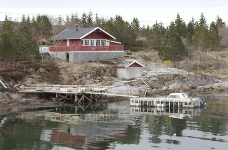unbend: Fishermans home