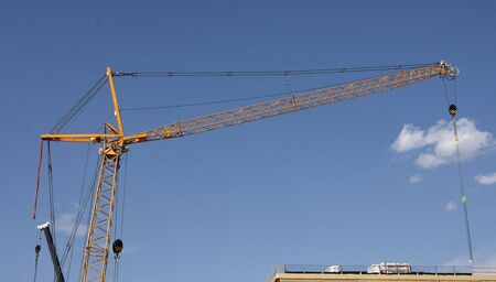 counterweight: Lifting crane