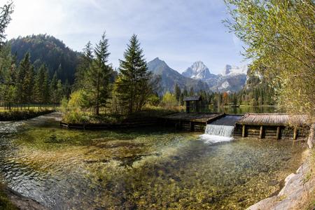 Letni krajobraz w Schiederweiher w Austrii