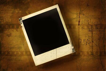 Aged polaroid against grunge background Reklamní fotografie - 3227598