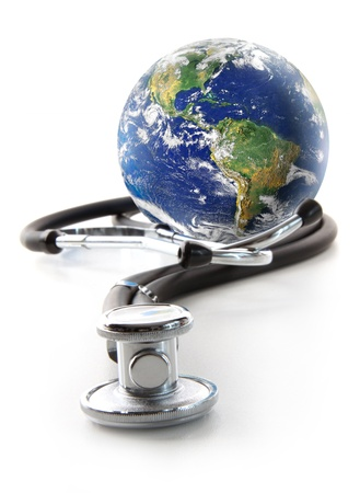 Stethoscope with globe on a white background 免版税图像 - 8653730