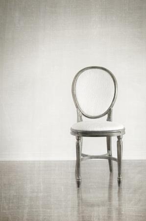 Stuhl: Antikes Stuhl mit Jahrgang Grunge hintergrund