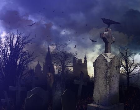 不気味な墓地にハロウィーンの夜のシーン 写真素材