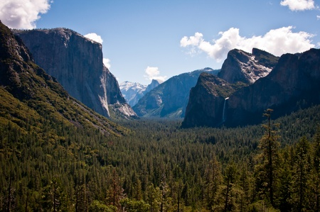 tunnel view: Tunnel View in Yosemite National Park