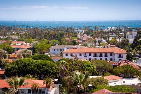 Downtown Santa Barbara Stock Photo - 18953375