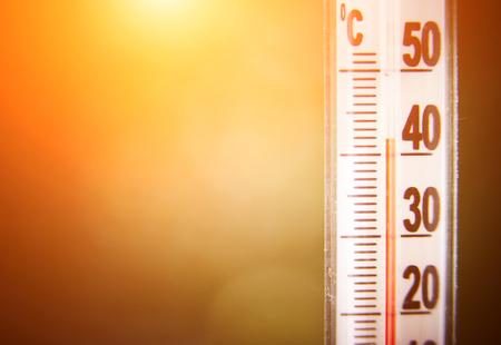高温のために示す温度計 写真素材