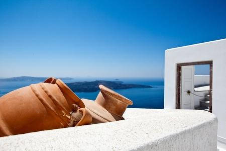greek pot: Affacciato sul Mar Egeo Archivio Fotografico