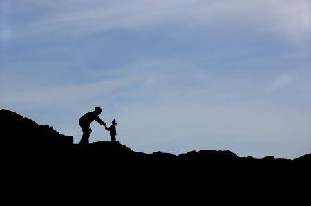 kind silhouet: Ouder en kind silhouet