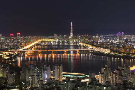 Han river and Seoul city at night South Korea Imagens