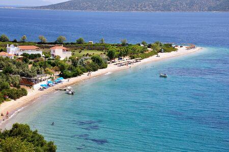 アロニソス島島、スポラデス、ギリシャのアギオス ・ ディミトリオス ビーチ